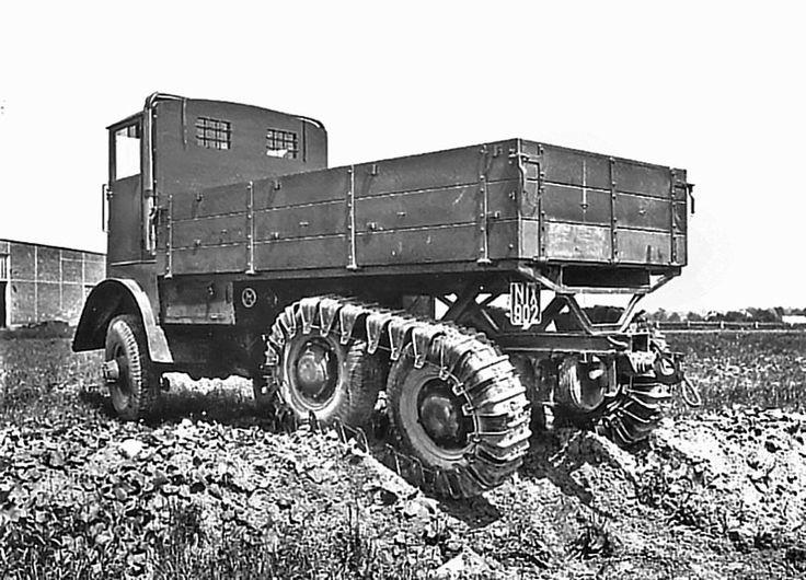 Tatra T25 6x6 – 7480 cm3 a výkon 65 k (47,8 kW) prototyp /1925/