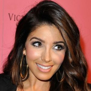 Melissa Molinaro (Canadian-American, Singer) was born on 04-06-1982.  Get more info like birth place, age, birth sign, biography, family, relation & latest news etc.