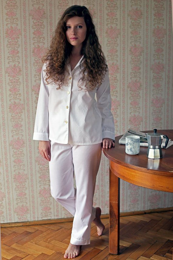 Comfy, feminine pajama set made of soft cotton with a luxurious feel, inspired by classic mens pajamas. We love it!