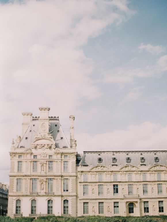 Elegant, romantic Paris elopement | Wedding Sparrow