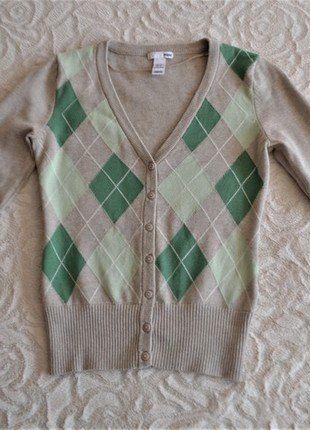 Kup mój przedmiot na #vintedpl http://www.vinted.pl/damska-odziez/swetry-z-dekoltem/17072348-klasyczny-sweter-xs-hm-bawelna