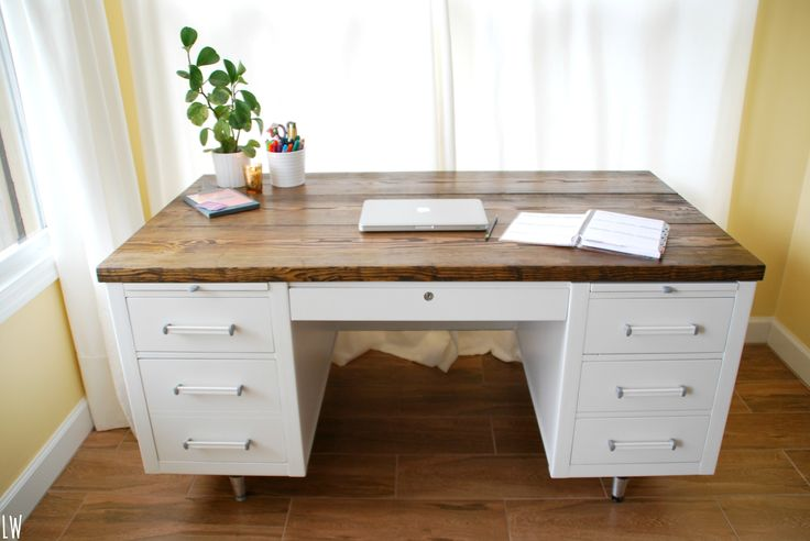 Before and After! Retro Desk Reno! This was a good wood desk, that needed a modern update! It looks so fresh now! Check out the steps to do this DIY project!