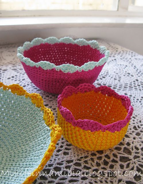 Pretty Crochet Bowls: free patterns