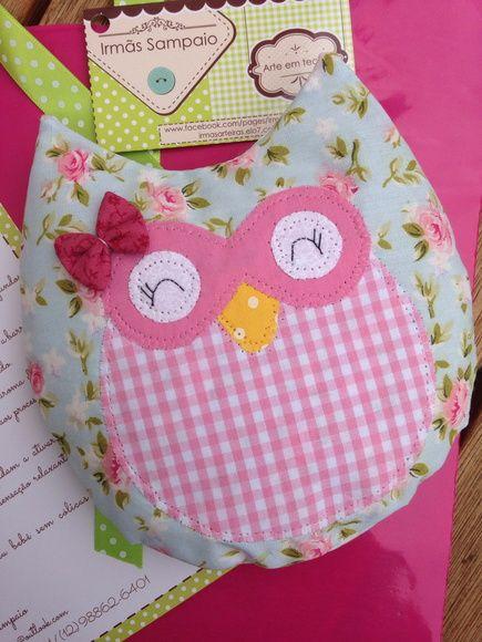 O+bebê+sem+cólica+é+uma+bolsa+térmica+confeccionada+em+tecido+e+preenchida+com sementes elo7 irmãs Sampaio