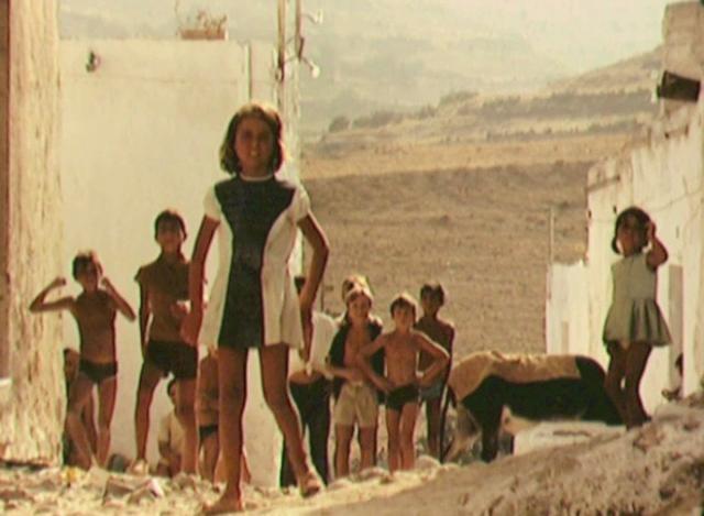 CABO DE GATA EN LOS AÑOS 1970    ALMERIA by Philippe Dupiereux. ALMERIA, NIJAR, MOJACAR, CARBONERAS, AGUA AMARGA, LAS NEGRAS, RODALQUILAR, ISLETA DEL MORO, HORTICHUELAS, SAN JOSE, CABO DE GATA.