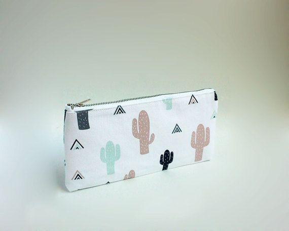 Cactus print case / Cute pencil case / Cactus pencil case / Triangles and cactus / Zipped pouch / Pencil case with metal zipper / Trousse