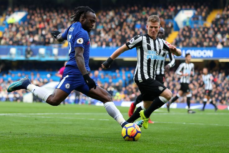 Victor Moses is 'one of the best wing-backs in world football'