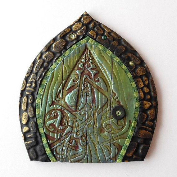 Celtic fairy door pixie portal portal doors and celtic for Irish fairy door ideas