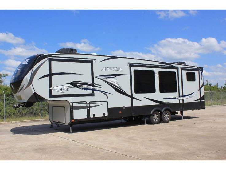 Check out this 2015 Keystone AVALANCHE 361TG listing in League City, TX 77573 on RVtrader.com. It is a Fifth Wheel and is for sale at $43000.