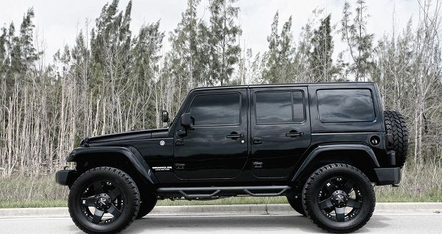 best 25 2017 jeep wrangler ideas on pinterest 2016 jeep wrangler 2017 jeep wrangler. Black Bedroom Furniture Sets. Home Design Ideas