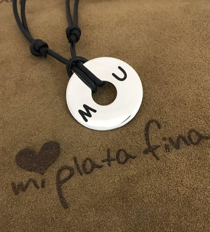 Colgante ARO XL en plata de ley. Regalos personalizados. Joyas únicas con tu nombre. #joyasquehablandeti #regalos personalizados #miplatafina