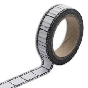 1 rouleau de masking tape avec un motif négatif photo. Dimensions du rouleau : 1,5 cm x 10 m. Le masking tape est un ruban de papier adhésif décoratif en fibre de mûrier, il vous permet de décorer cahiers, agendas, projets créati…Voir la présentation