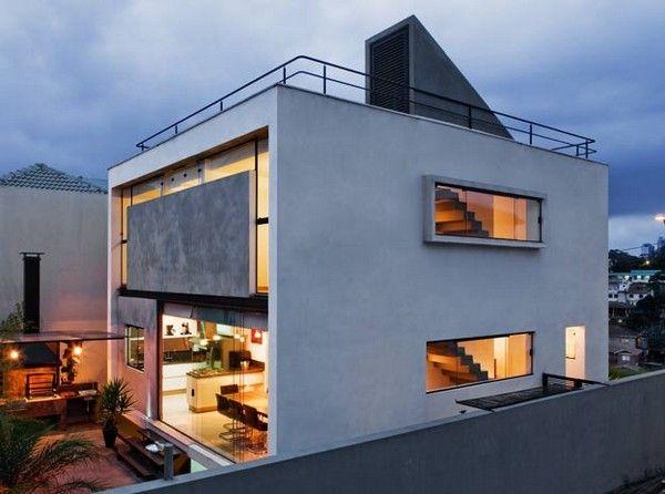 Casa Mirante Do Horto was designed by Flavio Castro