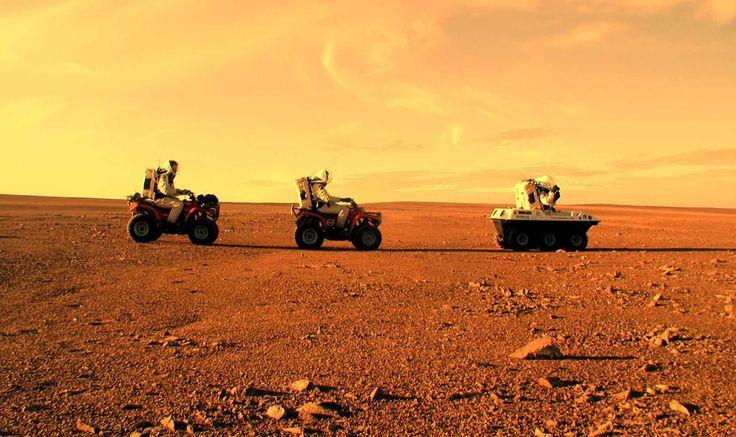 Туристы на Марсе