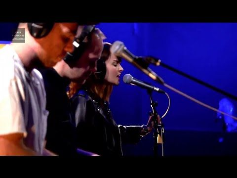 Never Ending Circles (KEXP 2016) CHVRCHES Live - YouTube