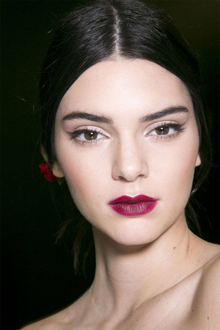 At Dolce&Gabbana (left), deep berry lipstick was diffused around the edges for a sultry, stained effect, while Zac Posen and Missoni showed bright, flirty orange-reds.%0AImaxtree  - HarpersBAZAAR.com