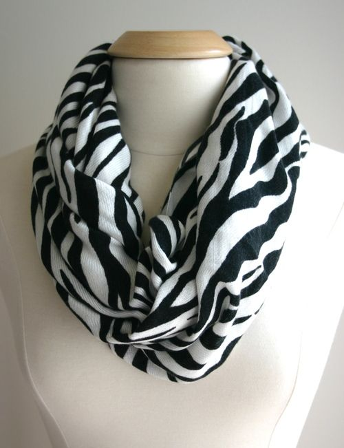 Another Easy Infinity Scarf DIY