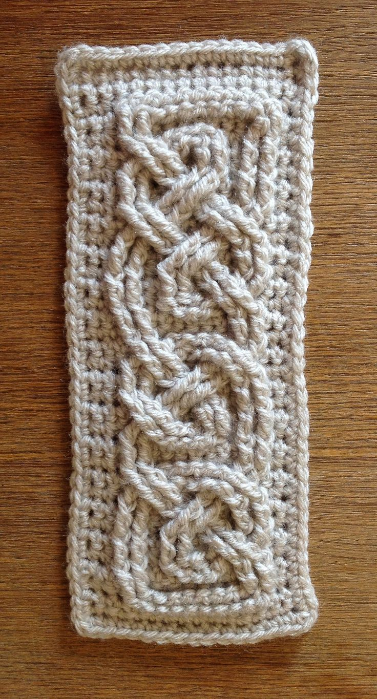 36 best celtic crochet images on pinterest crochet leg warmers suvis crochet book of kells small celtic cables bankloansurffo Image collections