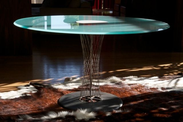 Contemporary round table by Isamu Noguchi CYCLONE