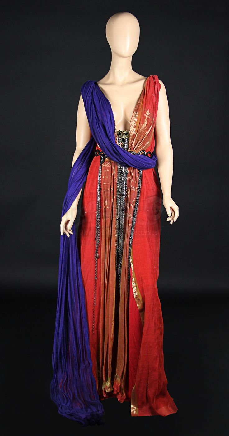 Lucretias (Lucy Lawless) Dress                    Prop Store - Ultimate Movie Collectables
