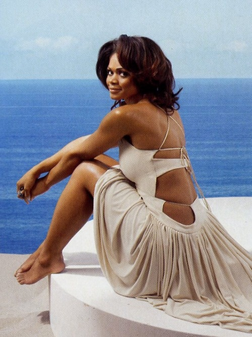 The Classic Beauty- Kimberly Elise