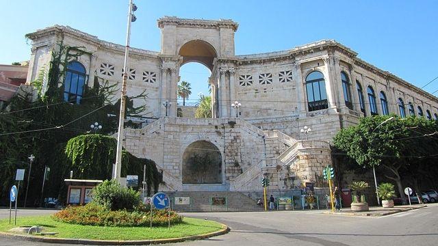 Un ponte musicale tra l'Inghilterra e la Sardegna: la Sir Roger Manwood's School a Elmas e Cagliari