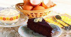 Hozzávalók:     a tortához:   25 dkg főtt cékla   20 dkg minimum 75 %-os étcsokoládé   15 dkg kókuszolaj (nem paleozóknak vaj)   4 ev...
