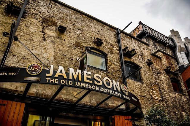 Jameson Distillery in Dublin, Ireland (article)