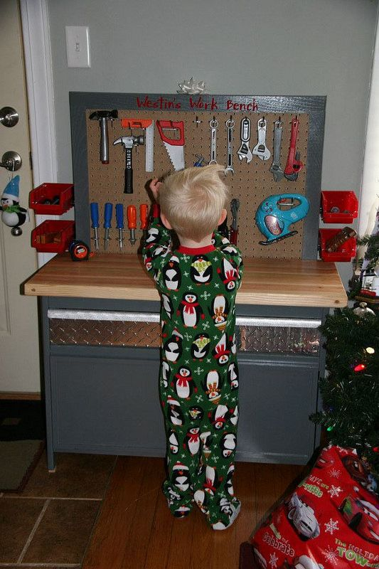 DIY work bench | Flickr - Photo Sharing! DIY work bench - place to store tools for kids