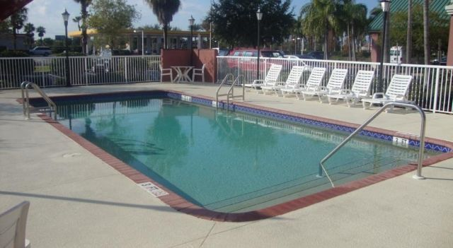 Baymont Inn and Suites Fort Myers - 3 Star #Hotel - $80 - #Hotels #UnitedStatesofAmerica #FortMyers http://www.justigo.co.uk/hotels/united-states-of-america/fort-myers/fort-myers-9401-marketplace-road_95733.html