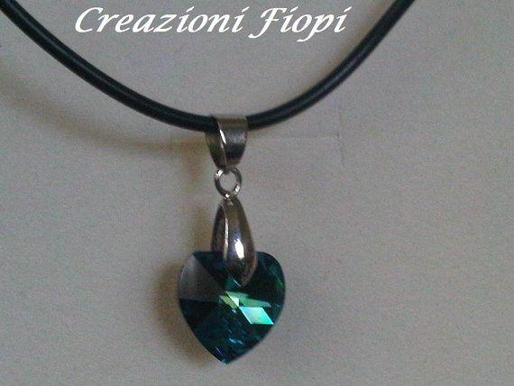 collana caucciù con pendente cuore swarovski di CREAZIONIFIOPI, €18.00