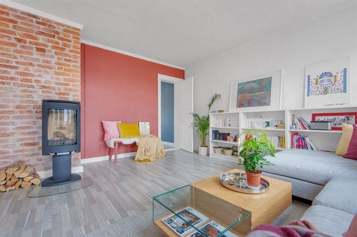 FINN – LEV DET GODE LIV PÅ TØYEN - Nydelig, klassisk 3-roms leilighet med fantastiske lysforhold og stor, solrik balkong - Peisovn - Stille og rolig beliggende i indre gård