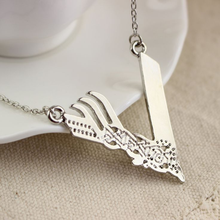 Punk Style Boutique Silver Plated Vikings Season Women And Men Chain Necklace Hollow Design Chain Necklace Jewelry Wholesale