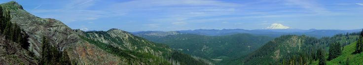 View from the Ape Canyon trail at the foot of Mt. St. Helens WA. [OC] [2048x372].