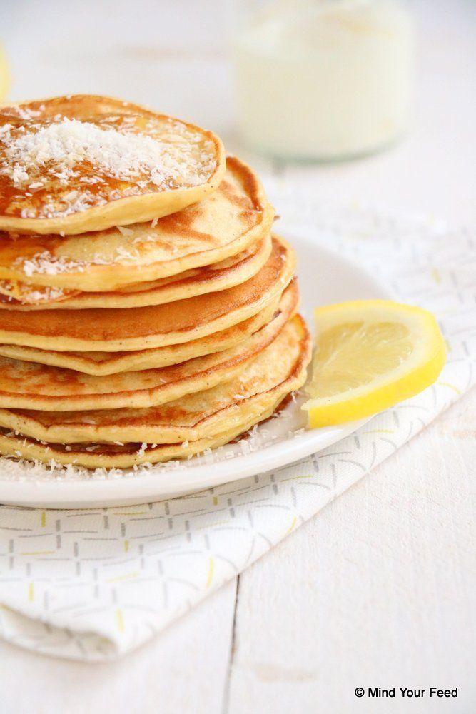 Citroen yoghurt pannenkoeken - Mind Your Feed #breakfast #lemon #yoghurt #pancakes
