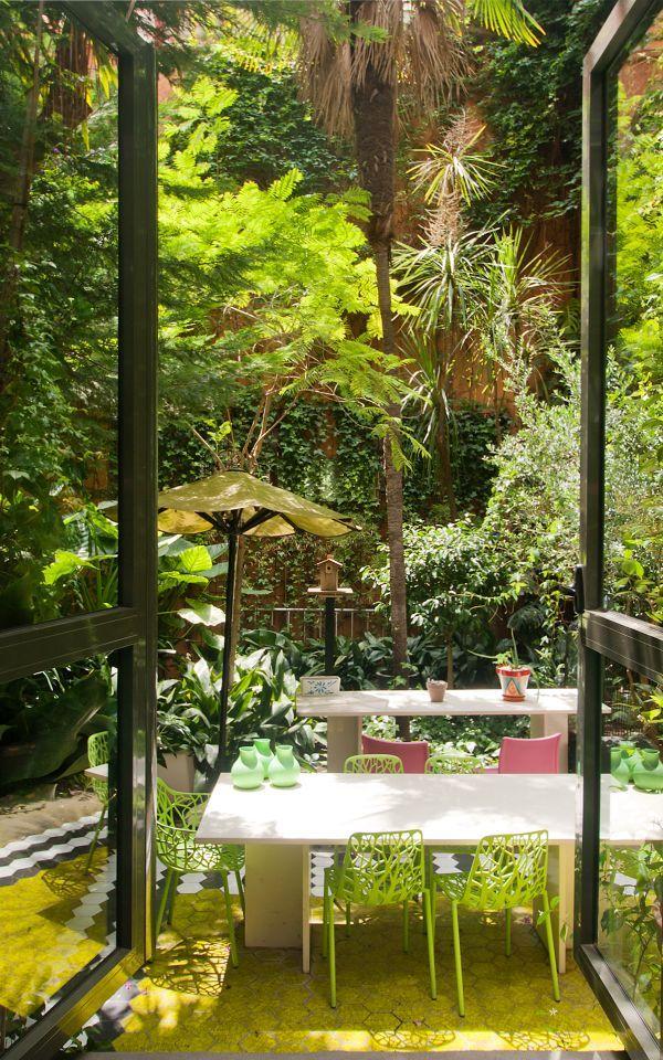 Este Loft En Venta Es Una Pieza única De Diseño E Interiorismo En Pleno  Barrio De Sant Gervasi, Un Oasis Espectacular De 220 M2.~~La U2026   Patio  Cubierto ...