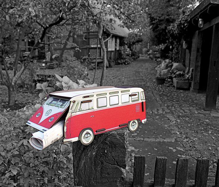 Werkhaus VW T1 – Briefkasten (wetterfest)  Ab sofort landet Ihre Post im Bulli - im kultigen VW T1 Kleinbus ist sie nicht nur ein echter Hingucker. Sie ist auch richtig gut aufgehoben. Der Briefkasten besteht aus witterungsbeständigem MDF mit wasserfestem Direktdruck. Das bewährte Werkhaus-Stecksystem macht den Aufbau zum Kinderspiel.  Innerer und äußerer Korpus: Regenwasser fließt durch den Zwischenraum ab!   http://www.werkhaus.de/shop/product_info.php?info=p4262_briefkasten-vw-t1.html