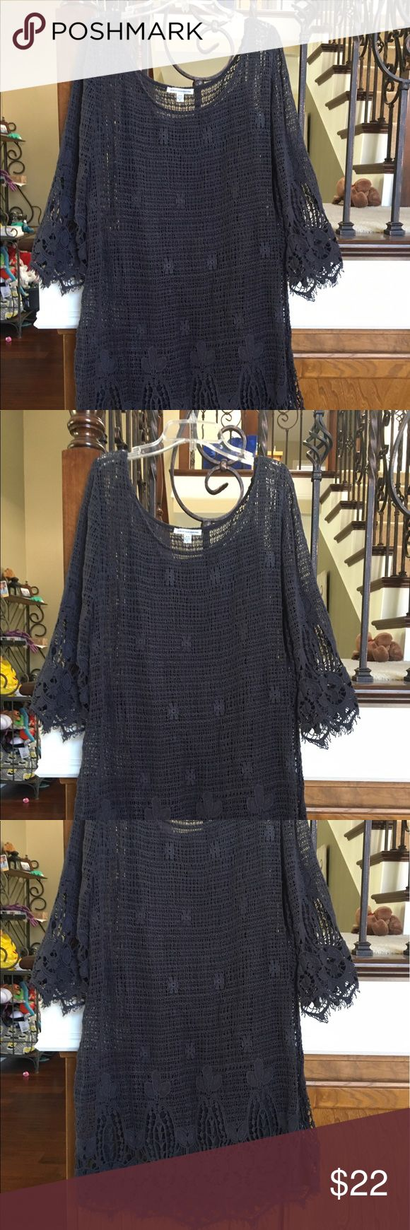 American Eagle Outfitters Grey Boho Dress M EUC American Eagle Outfitters Grey Long Sleeve Boho Dress with Crochet Detail- Size M. Cute outfit to wear with cowboy boots or simple sandals! EUC No Flaws! American Eagle Outfitters Dresses Long Sleeve