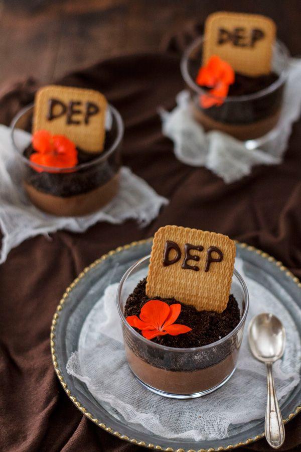 Tumbas de chocolate de María Lunarillos