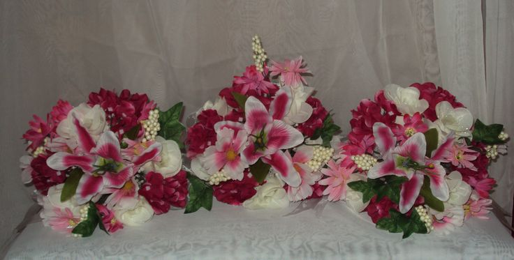 For my Ladies!  Attendants Bouquets!  Stunning wedding flowers!