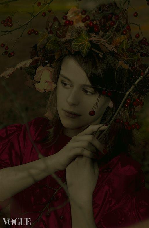 twilight autumn / dark /  rowan / garland / poland / photo vogue italia