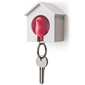 I might have to get this happy guy ...: Garage, Birdhouses Keys