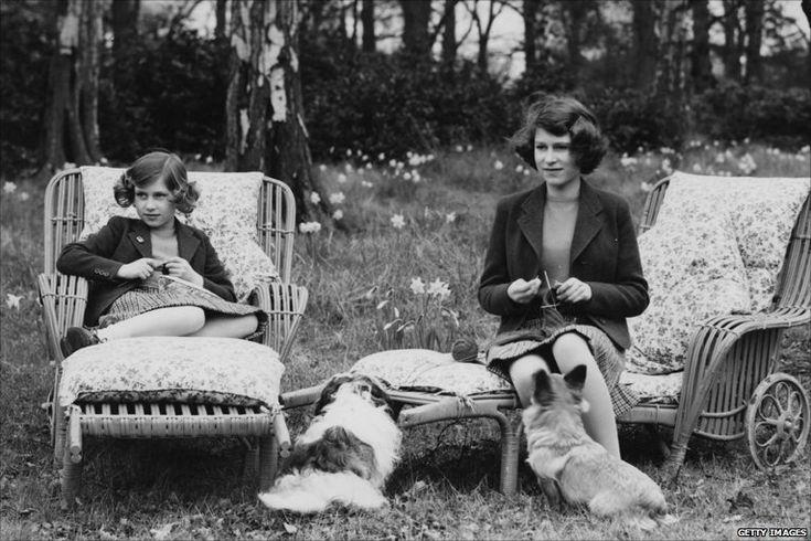 Queen's 90th birthday on the LoveKnitting blog