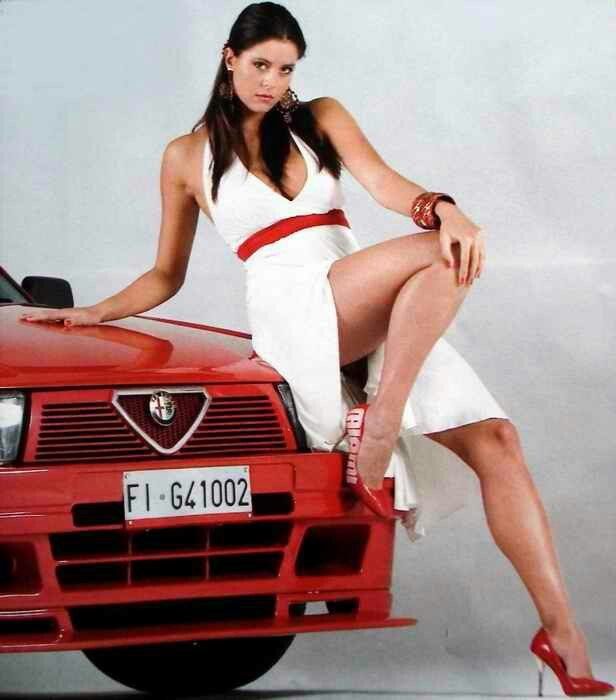 topples girls in fast cars