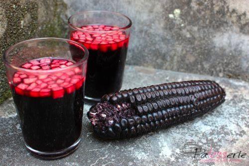 Chicha Morada; een zoete fruitige drank op basis van mais - PaTESSerie