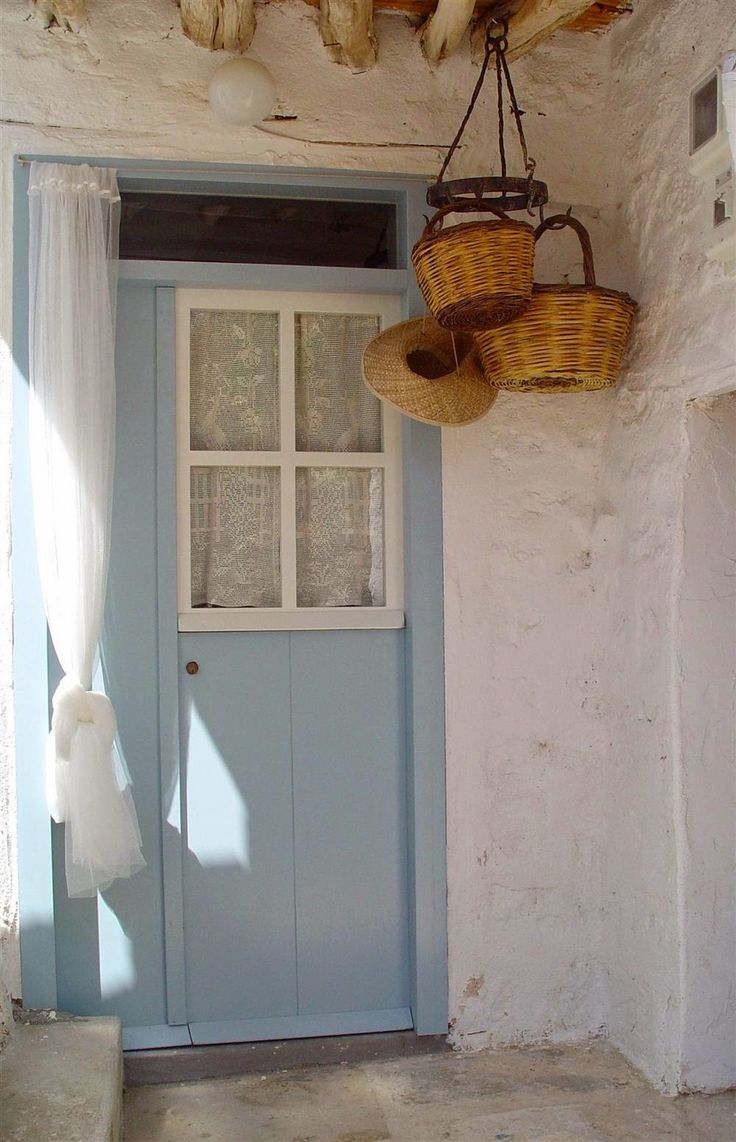 Kimolos  ( Κίμωλος) it  is  located  North  East of the  island  of Milos , separated by the  strait  of Kimolos , and more  gene  ...