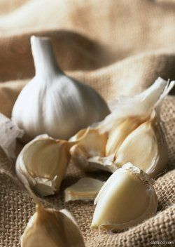 Learn Garlic Benefits and Use This Powerful Food as Medicine