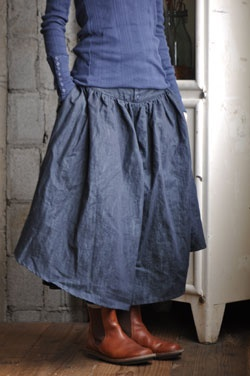 Kelen (Japan) - cotton skirt// denim blue http://www.nomad-chic.com/style-runaway-blues-culture-collections.html