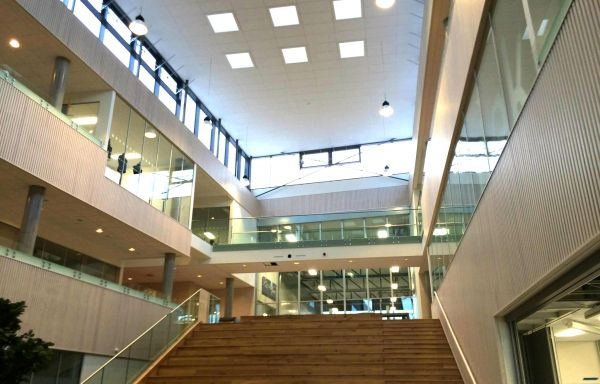 HUS —Hønefoss videregående skole