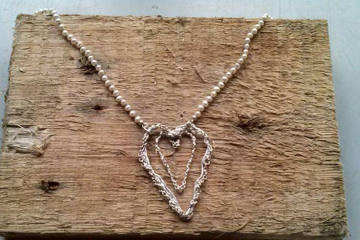 Colliers - Hart van gerecycled zilver aan parelsnoer. - Een uniek product van amemoria op DaWanda